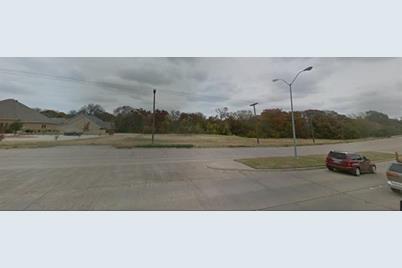 403 E Danieldale Road - Photo 1