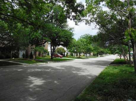5229  Collinwood Avenue - Photo 3