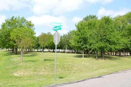 6402  Shoreline Drive - Photo 3