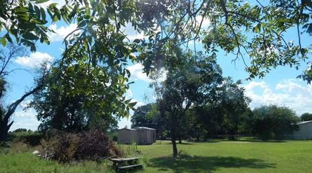 148 Whispering Oaks - Photo 17