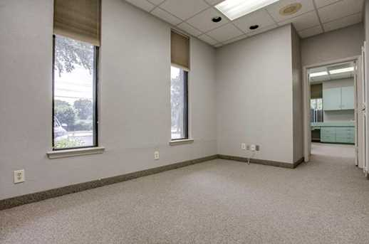 2910 Broadway Blvd #101 - Photo 17