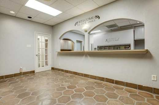 2910 Broadway Blvd #101 - Photo 7