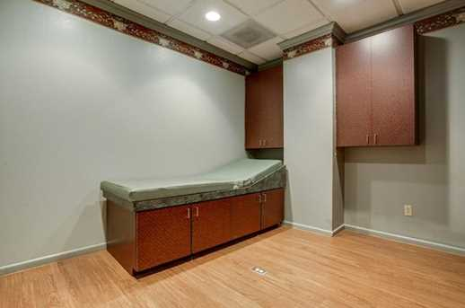 2910  Broadway Boulevard  #201 - Photo 15
