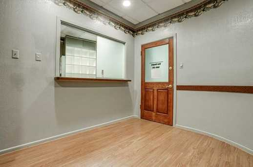2910  Broadway Boulevard  #201 - Photo 7