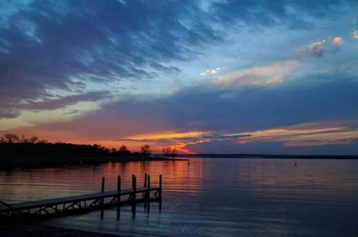 1116 Lakeside Trail - Photo 17