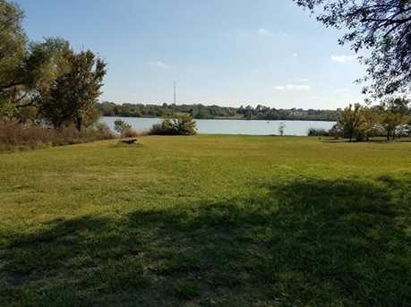 277  Lakeside Drive - Photo 4