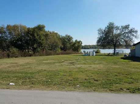 277  Lakeside Drive - Photo 3