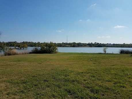 277  Lakeside Drive - Photo 5