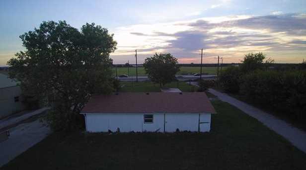 2423 Oak Grove Pkwy - Photo 7