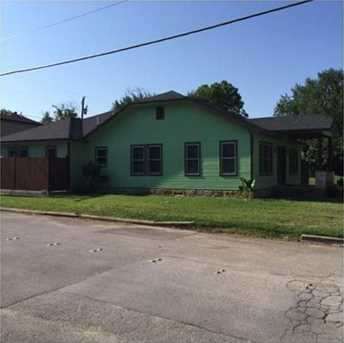 1401  Alston Avenue - Photo 1