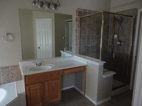 9305  Sterling Gate Drive - Photo 17