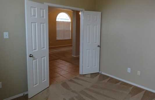 9305  Sterling Gate Drive - Photo 6
