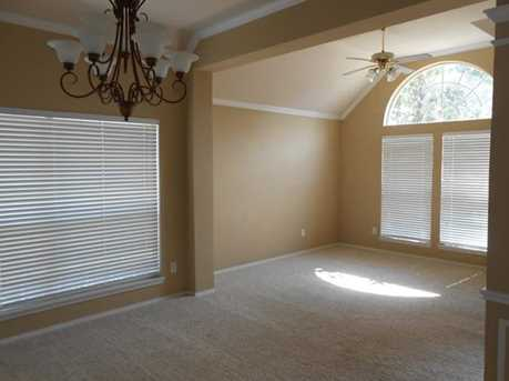 3210  Brentwood Drive - Photo 3