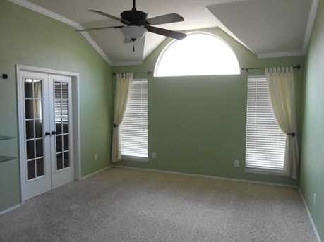 3210  Brentwood Drive - Photo 5