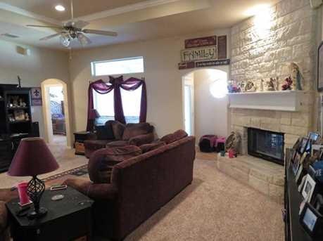 528  Willowview Drive - Photo 9