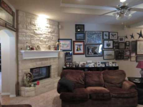 528  Willowview Drive - Photo 11