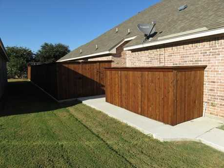 528  Willowview Drive - Photo 3