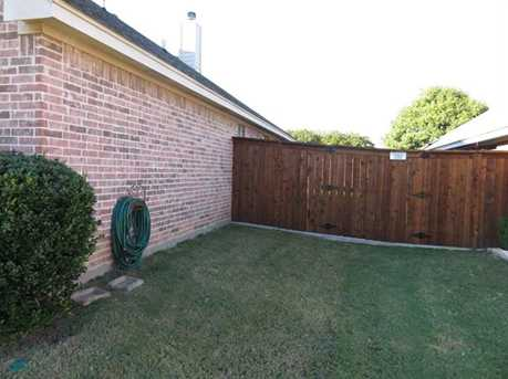 528  Willowview Drive - Photo 5