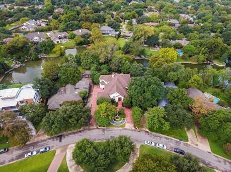 11111  Eastview Circle - Photo 2