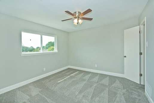7228  Whispering Pines Drive - Photo 20