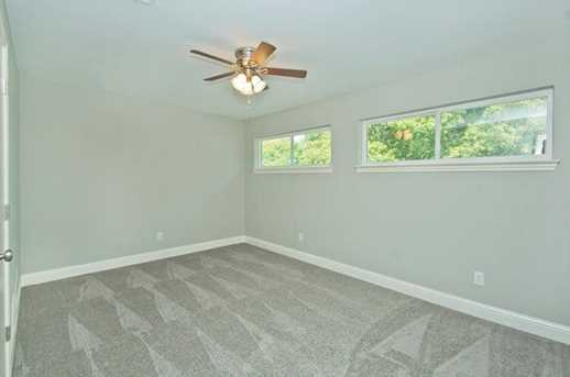 7228  Whispering Pines Drive - Photo 21