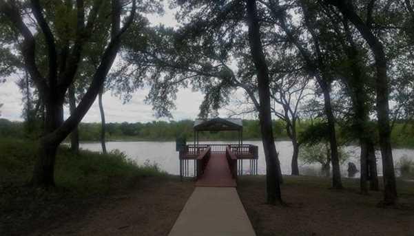 B21  Lake Breeze Drive - Photo 8