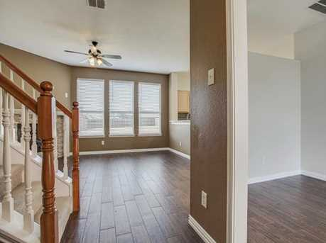 10417  Woodlands Trail - Photo 7