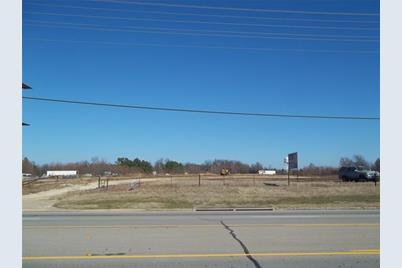 5600  Lamar Road - Photo 1