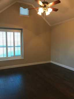 1260  Bonham Parkway - Photo 7