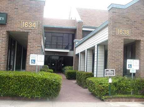 1636 W Irving Boulevard  #100 - Photo 7