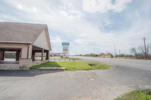 1803 E US Highway 377 - Photo 29