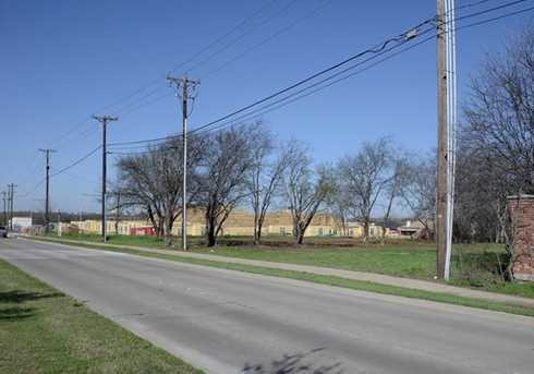 601 E Debbie Lane - Photo 3