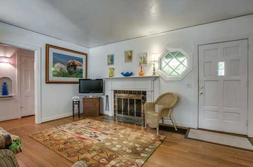 9424  Waterview Road - Photo 5