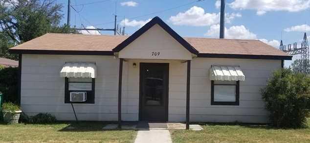 709 S Santa Fe St - Photo 1