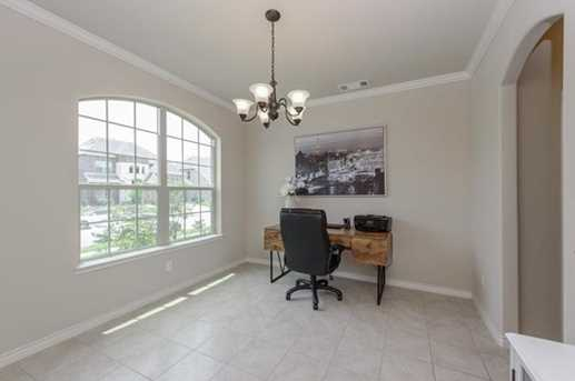 720 Cypress Hill Dr - Photo 5