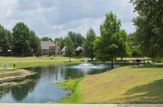 100 Falcon Creek Dr - Photo 35