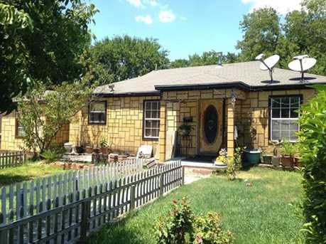 7535 red bud dr dallas tx 75227 mls 13908235 coldwell banker