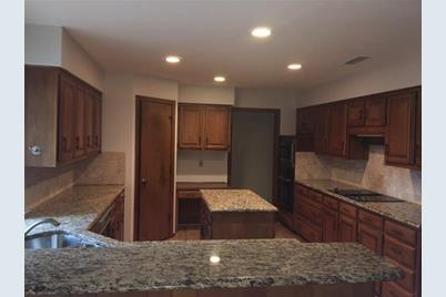 6410  Clubhouse Circle - Photo 1