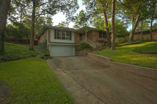 3818 holliday rd dallas tx 75224 mls 13933510 coldwell banker