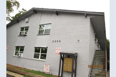 2206 W Hickory Street - Photo 1
