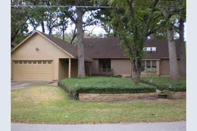 1.5  Oak Village Drive - Photo 1