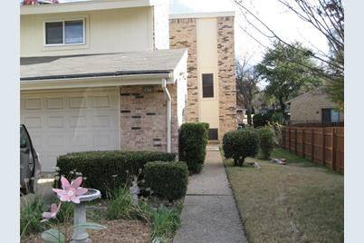 2975  Country Place Circle - Photo 1