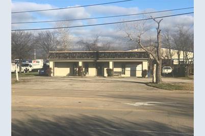 623 E Dallas Road - Photo 1