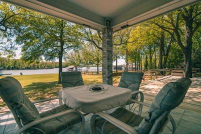 227  Lakeside Drive - Photo 1