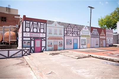 101 W Division Street - Photo 1