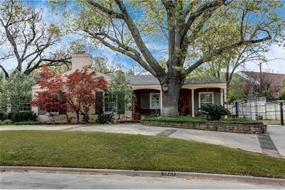 3821  Crestwood Terrace - Photo 1