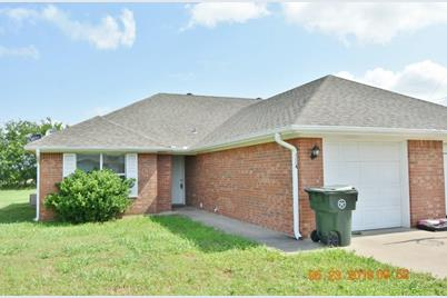 406  Andrew Drive  #A - Photo 1