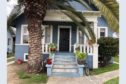 445 E 41st Street - Photo 1