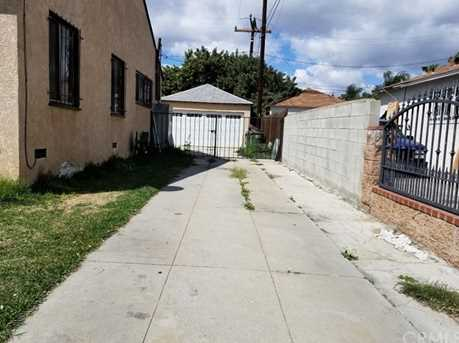 2205 N Locust Avenue - Photo 9