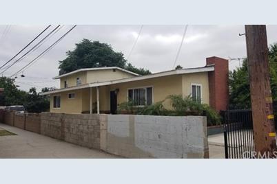 11320 California Avenue - Photo 1